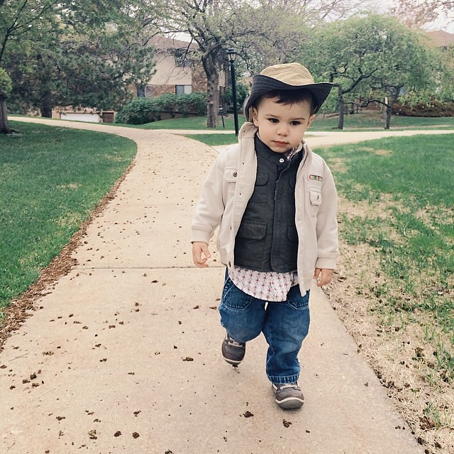 Strollin. #instaluther #toddler #coolhat