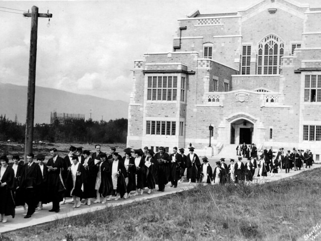 Congregation procession leaving the Library 1927