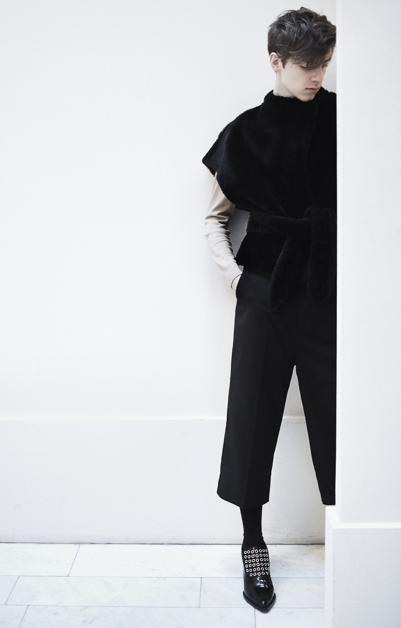 MikkoPuttonen_fashionblogger_london_FashionWeekStockholm_Outfit_Onar_IpekVest_cos_weekday_JillSander4_web