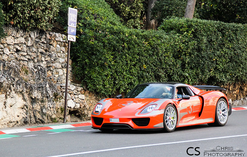 918 Spyder Weissach Package