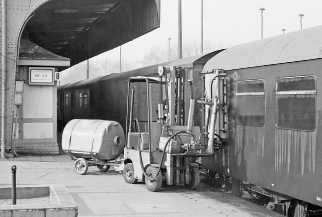 Gera Hbf Fensterreinigungsgerät der Deutsche Reichsbahn