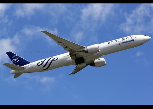 B77W - Boeing 777-3B5(ER)