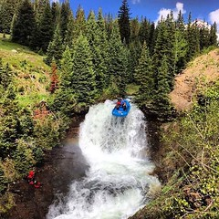 Adventure school? No one adventures like the U. Vote for the Top Adventure School at the LINK in our bio (we're in the finals vs Idaho!!). :rowboat: :camera:: @torin_mcd  #GoUtes #UofU #universityofutah