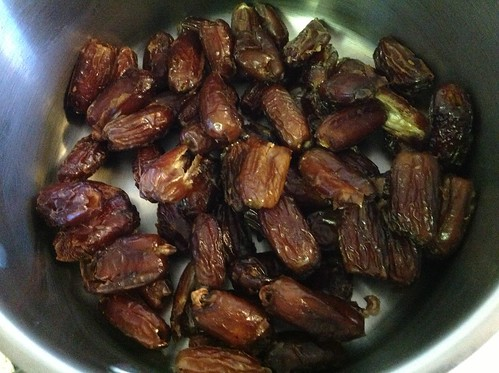 Dates softening for coconutty snack bars