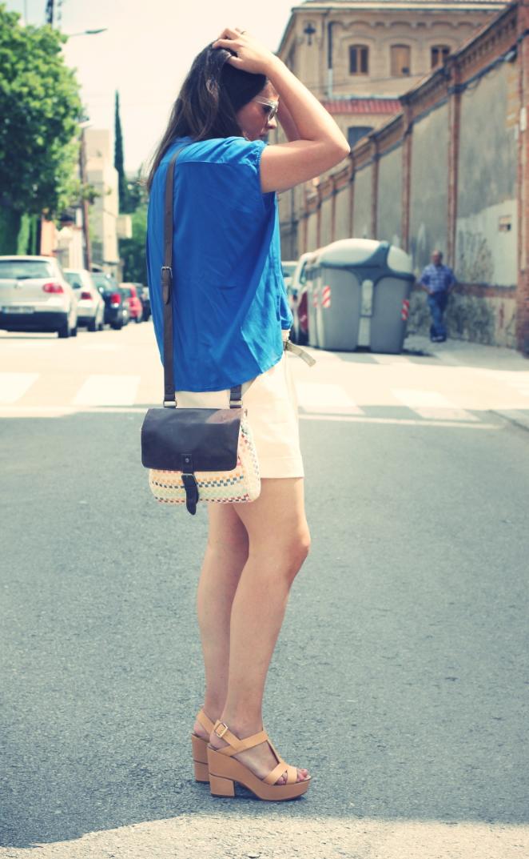 Look Shorts + Camisa azul Klein