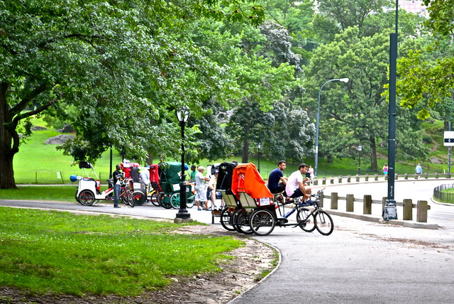 Pedicab tour - parking