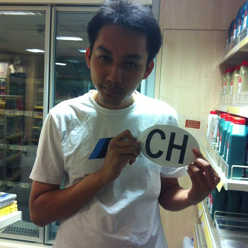 Hai, saya di CH!