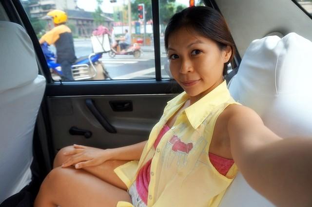 yu lin market chengdu air asia x -001