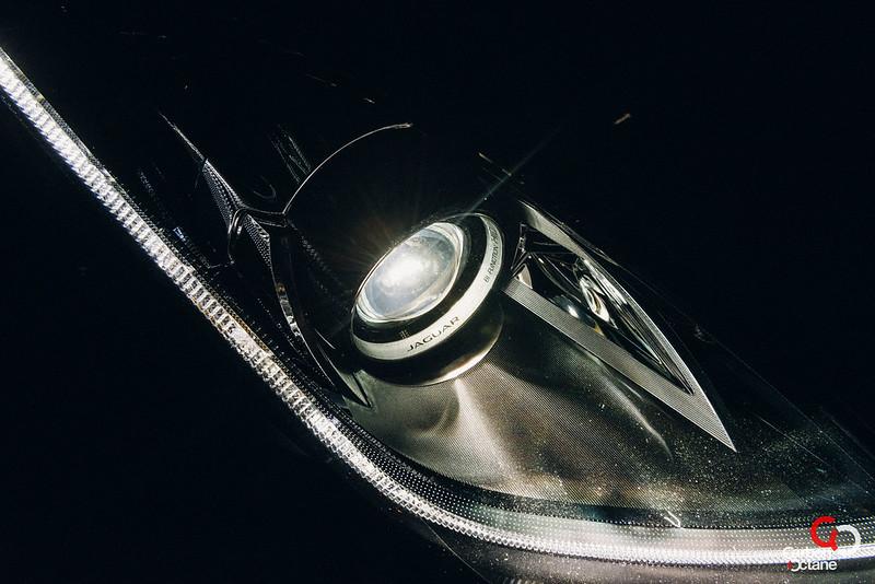 2014 Jaguar F-Type V8-2.jpg