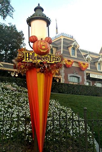 Halloween Time street lamps