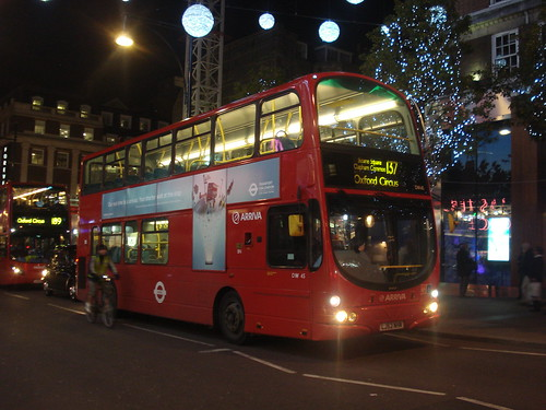 Arriva DW45 on Route 137, Oxford Street