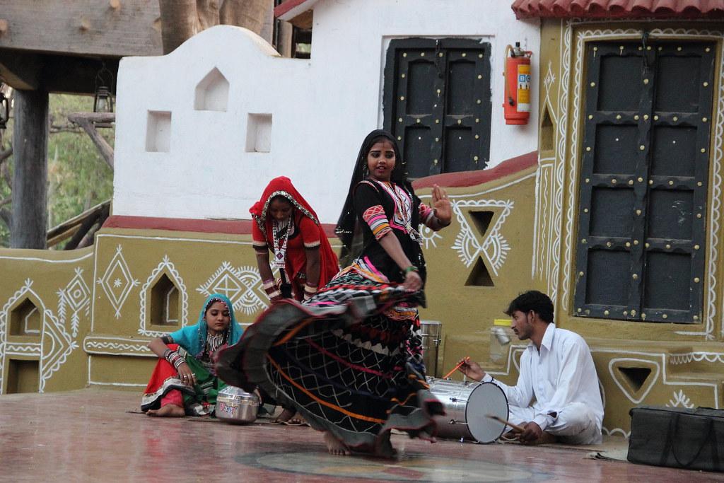 Chokhi Dhani Pune Folk dance