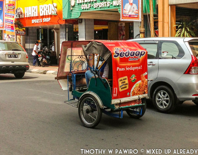Asia - Indonesia - Medan - Traditional transport - Betor Bentor) - (Becak - Motor) (2) (web)