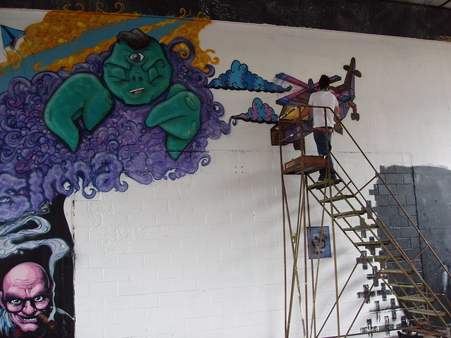 201008140061_Portobello-Rd-street-art