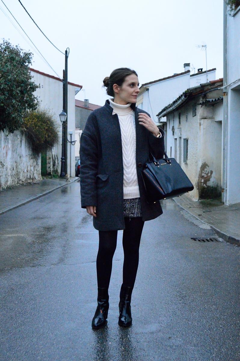 lara-vazquez-madlula-blog-style-winter-grey-tones-dark-night
