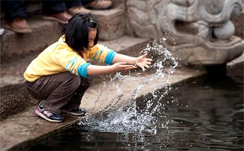 中國對能源的龐大需求將使其水資源將加短絀。圖片來源:HervéBRY