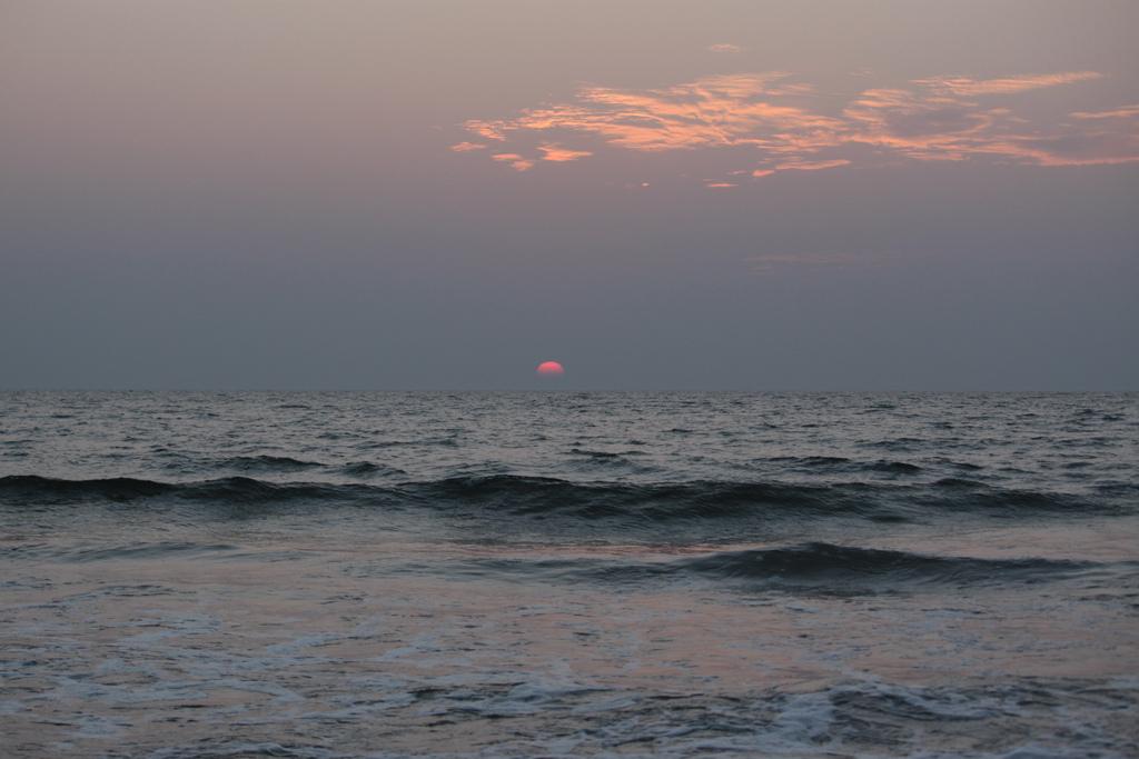 Puesta de sol en Goa, India. Autor, Shahnawaz Sid