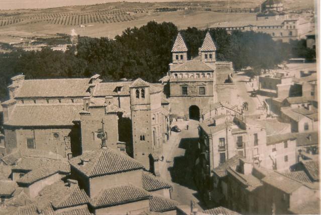Arrabal, Puerta de Bisagra y Paseo de Merchán hacia 1945