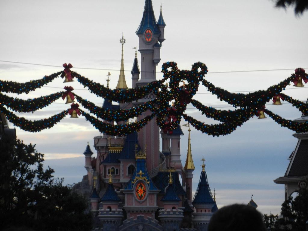 Un séjour pour la Noël à Disneyland et au Royaume d'Arendelle.... - Page 4 13696407844_5798be464e_b
