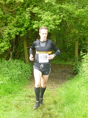 adventure racing(0.0), duathlon(0.0), jogging(0.0), physical exercise(0.0), trail(1.0), athletics(1.0), endurance sports(1.0), individual sports(1.0), sports(1.0), running(1.0), race(1.0), recreation(1.0), outdoor recreation(1.0), ultramarathon(1.0), person(1.0),