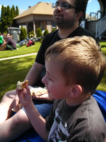 Having a snack during the Apple Blossom Parade