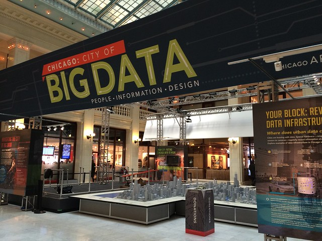 Tonight on Smart Chicago Live: The City of Big Data at OpenGov Hack Night