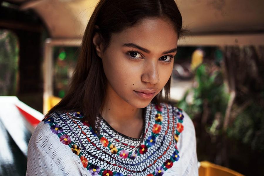 13378060-R3L8T8D-900-different-countries-women-portrait-photography-michaela-noroc-5-mexicocity-mexico