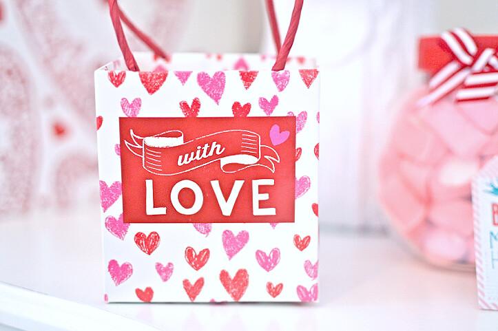 Happy Valentines day (weekend!) - Milk Bubble Tea
