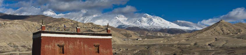 Exotisches Ziel für Biker im Himalaya, das Königreich Mustang mit Lo Mantang.
