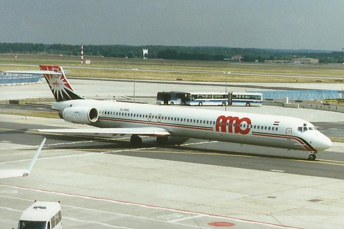 FRANKFURT JULY 1999 AMC DOUGLAS MD90 SU-BMQ