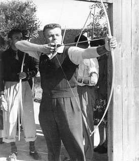 Maroc, Casablanca, printemps 1950, tir à l'arc