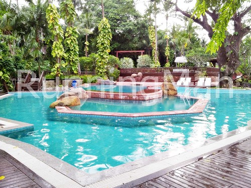 Kandawgyi Palace Hotel 05 - Swimming Pool