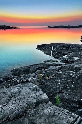 ontario canada dawn islands rocks georgianbay greatlakes shores brucepeninsula lakehuron fathomfivenationalmarinepark bestcapturesaoi elitegalleryaoi vigilantphotographersunite