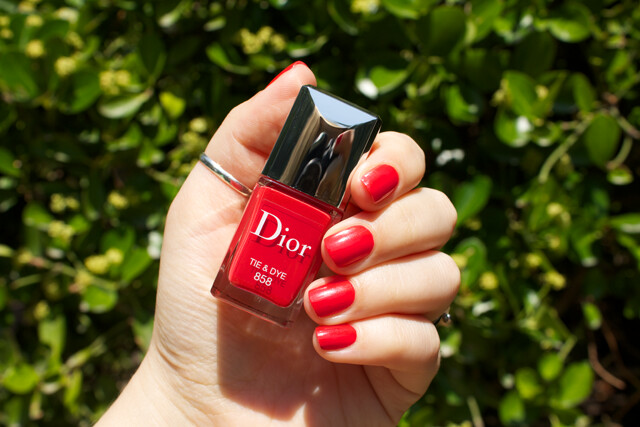 01-dior-tie-and-dye