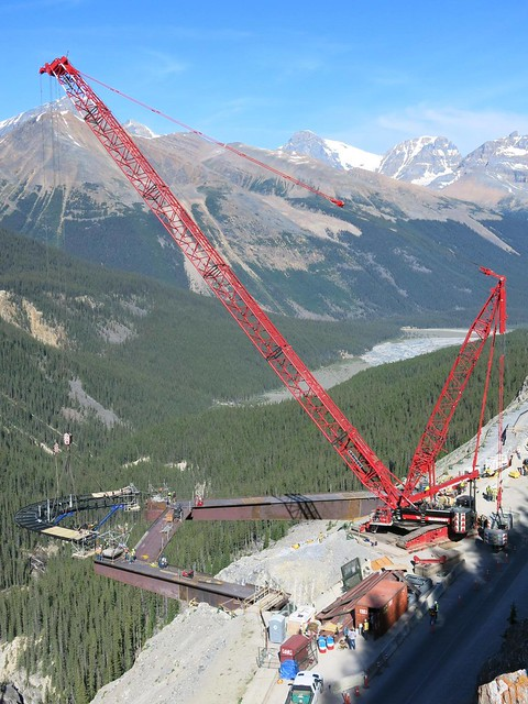 LR 1350 lifting glacier skywalk in the Canadian Rockies