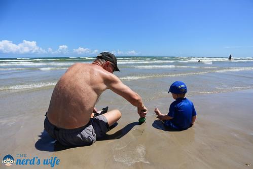 Labor Day Beach-11.jpg