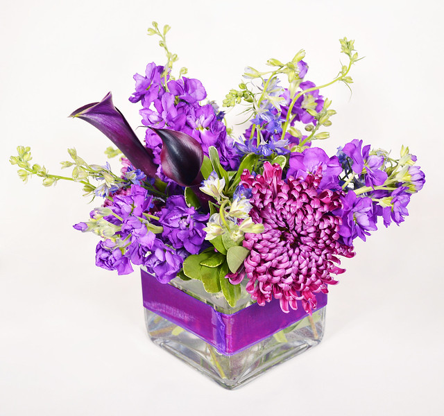 Centerpiece with purple floral ribbon flickr