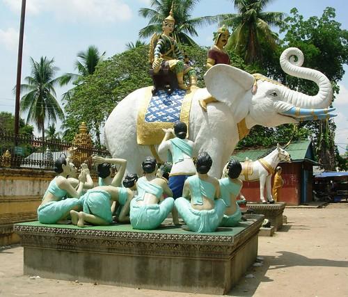 Battambang-White Elephant Pagoda (6)