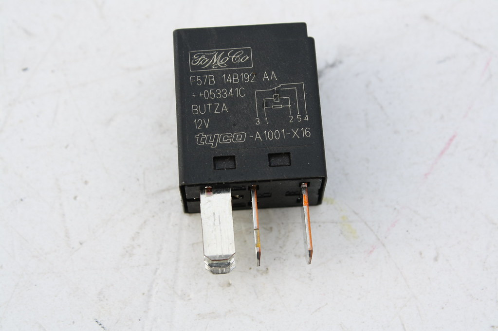 ford mondeo wiring diagram wirdig relais rele relay tyco f57b 14b192 aa 3523252 ford mondeo iii
