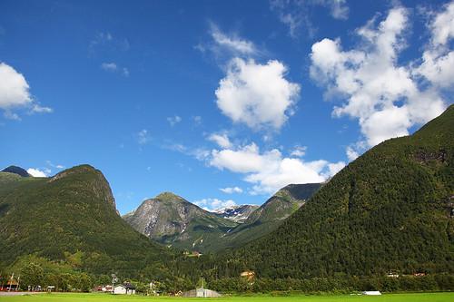 landscapes_101_20130312_1860015208