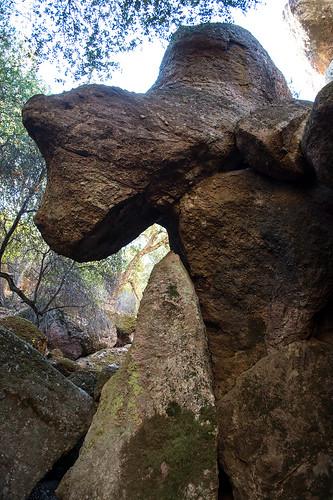 california nationalpark hiking nationalmonument pinnacles rimtrail beargulch