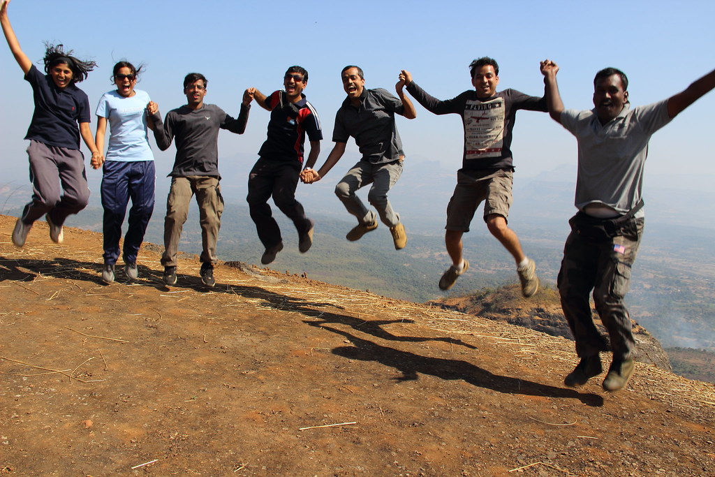Flying high team FONA at trek to Saras gad