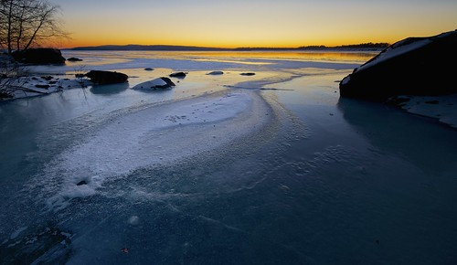 winter usa snow ny ice water sunrise dawn rocks ashokanreservoir ulstercounty westhurley nycdep