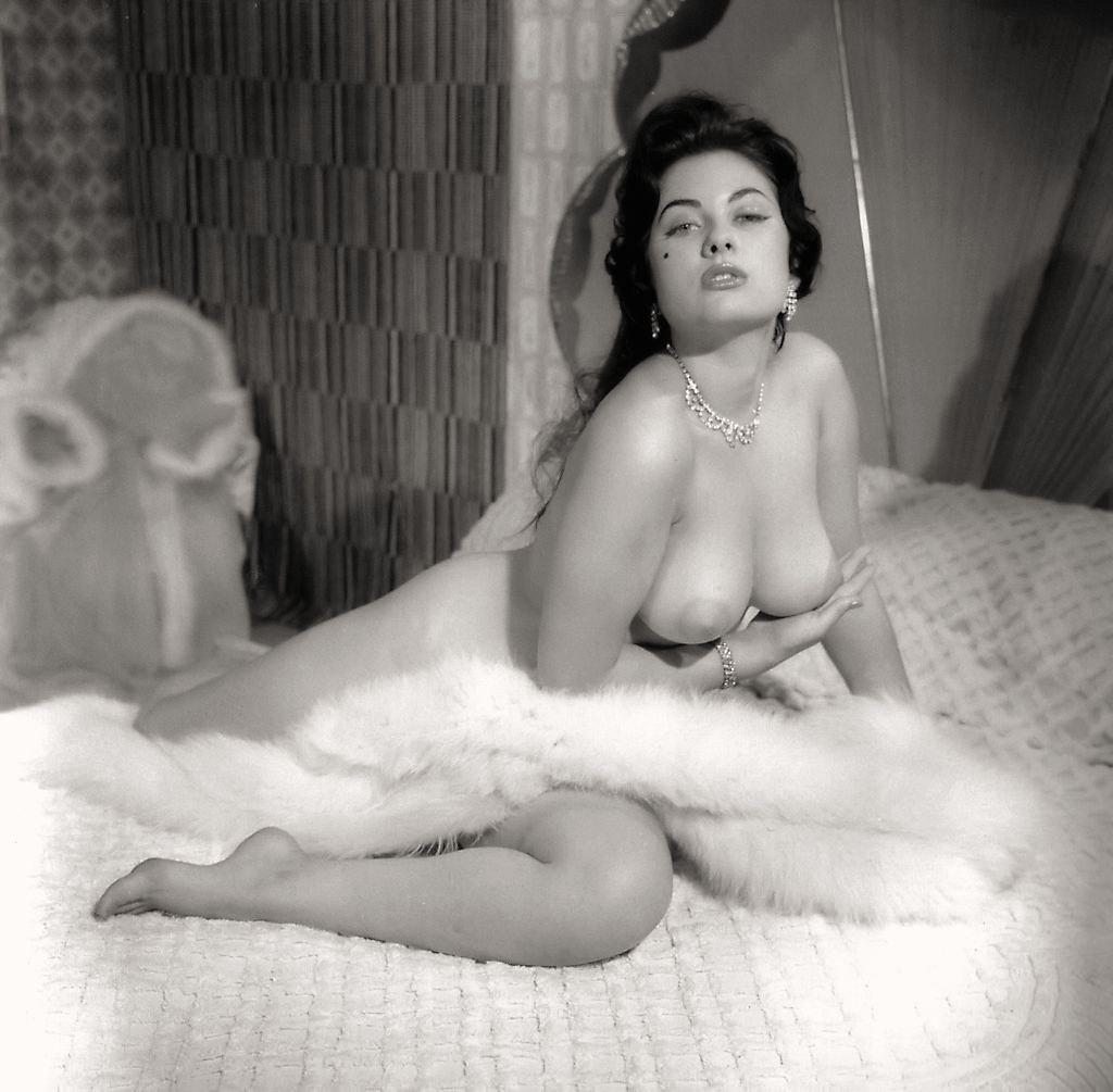 harry reems nude photos