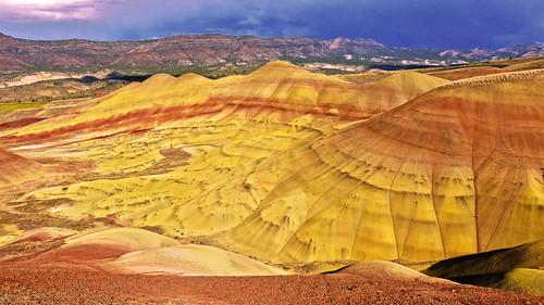 red mountains oregon centraloregon portland colorful desert cascades rainstorm paintedhills dblringexcellence infinitexposure