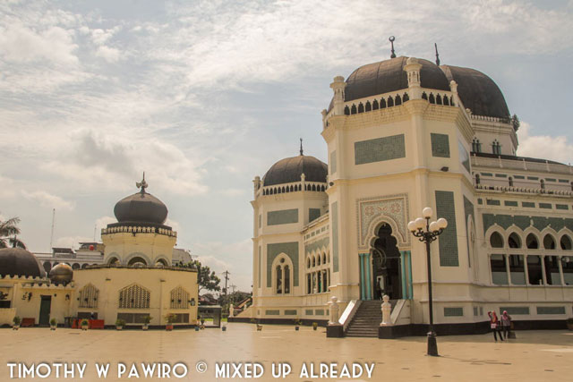 Asia - Indonesia - Medan - Grand mosque of Al-Mashun (1)