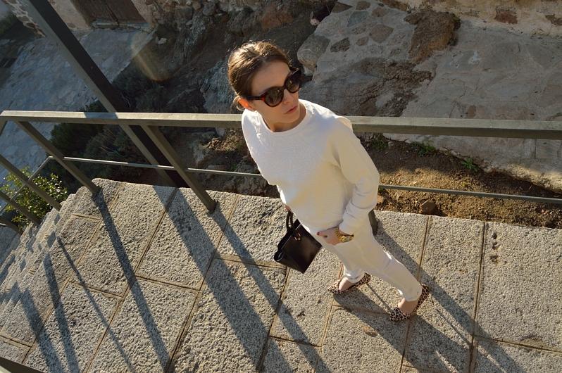 lara-vazquez-madlula-blog-fashoin-streetstyle-chic-white-look