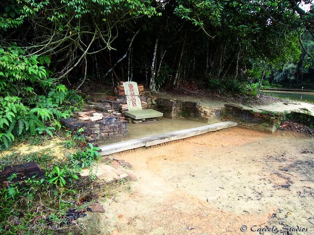 MacRitchie Reservoir - Tomb of Mdm Fan 01