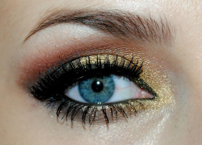 Gold Makeup (3)