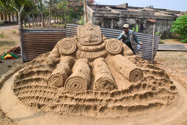Ranjan kumar Ganguly created sand sculpture for Upcoming #Nabakalebara of Lord Jagannath